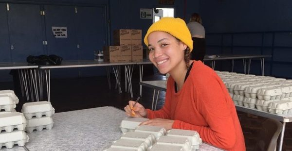 food hub volunteer